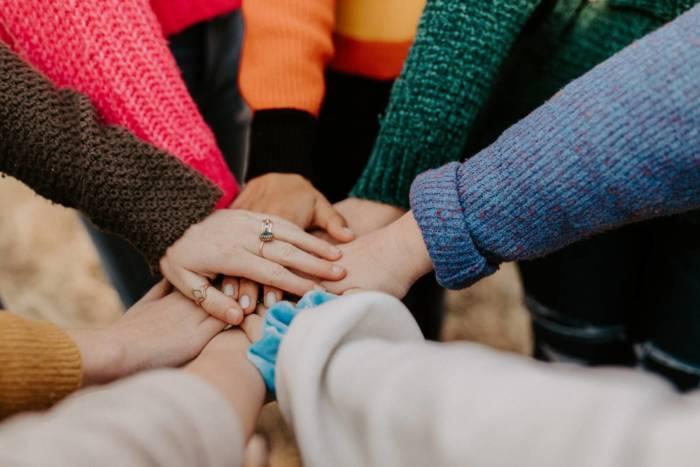 Teamentwicklung - im Team gemeinsam die Zusammenarbeit stärken für bessere Performance, Motivation und Zufriedenheit